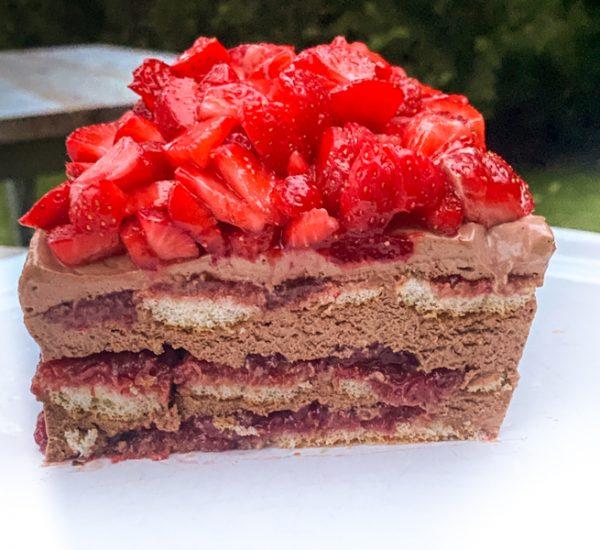 Cross section of Strawberry Chocolate Cheesecake Icebox Cake.